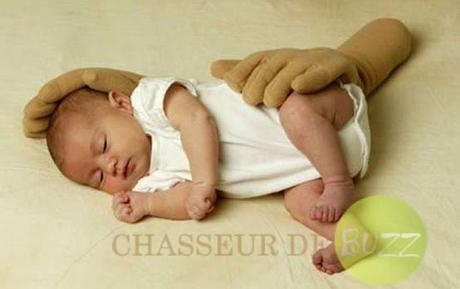 bebe_accessoires_insolites_buzz_fausses_mains