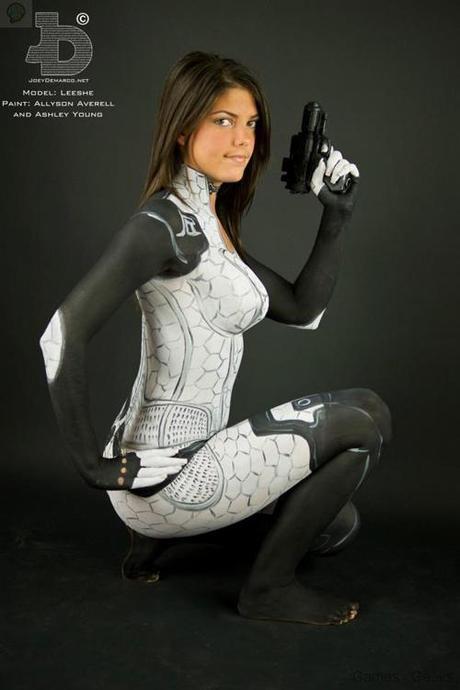 miranda body paint 02 Cosplay   BodyPaint Miranda   Mass Effect  miranda mass effect cospla bodypaint