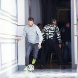 Zidane, Beckham Bale et Lucas détruisent le Beckingham Palace