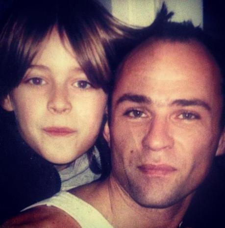 Happy Father's day!! Love you daddy cool (du Facebook de Cesar Casier)