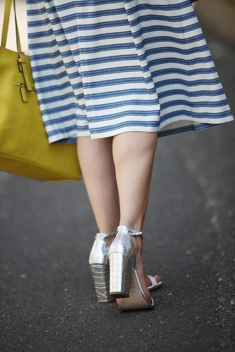 chaussures argentees Oasis rétro