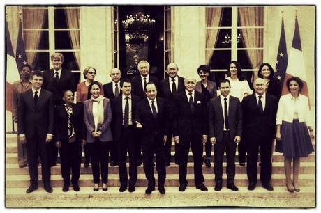 372ème semaine politique: Manuel Valls contre la mort de la politique