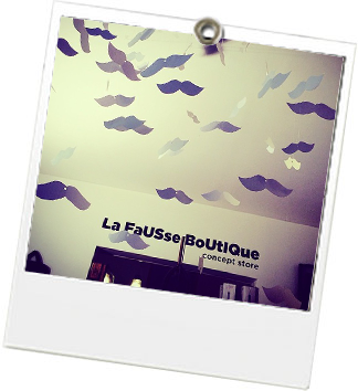 La Fausse Boutique - JulieFromParis