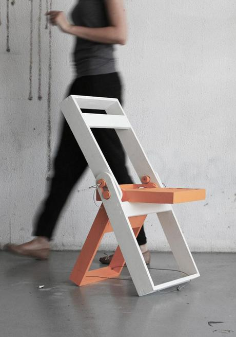 Folding chair par Pawel Kochanski