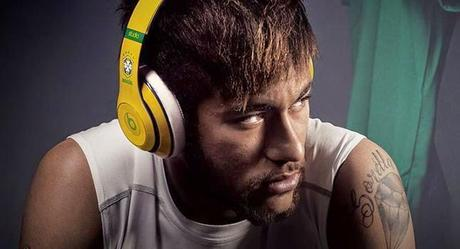 neymar wearing beats headphones Mondial 2014 : La Fifa dit stop aux casques Beats...