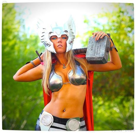 Vamers Geekosphere Thorsday Toni Darling Gender Bends Thorsday Toni Darling as Thor 07 Cosplay   Lady Thor #25  thor Cosplay