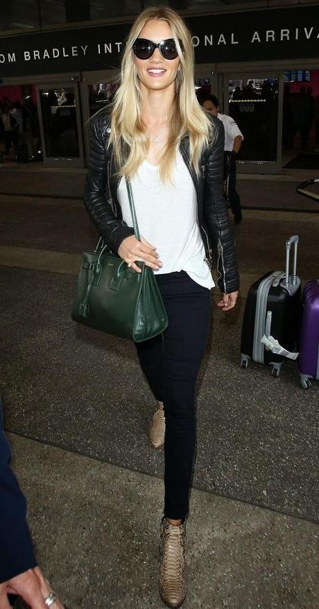 Rosie Huntington-Whitely à l'Aéroport LAX de Los Angeles - 26.06.2014