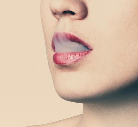 lips-374516_640_Fotor