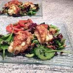 Salade et croûtons au reblochon pané