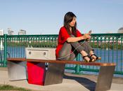 bancs capables recharger votre smartphone Boston