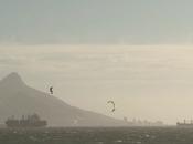 Kitesurfeuse Hannah Whiteley s'offre hiver Cape Town nous fait partager lifestyle