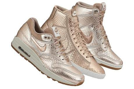Nike-Sportswear wmns bronze snake collection