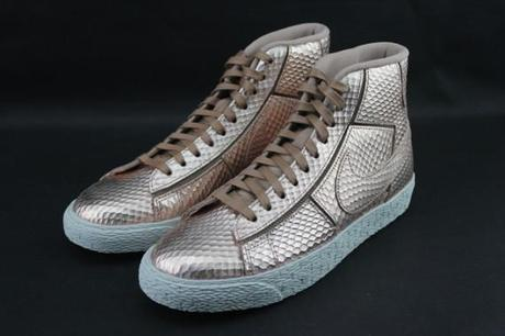 nike-Blazer-mid-womens-gold-snake-collection-570x380