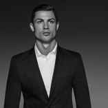 Ronaldo lance une collection de chemises