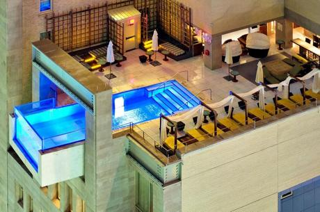 The%20rooftop%20pool%20and%20lounge%20at%20the%20Hotel%20Joule%20in%20Dallas%2C%20Texas
