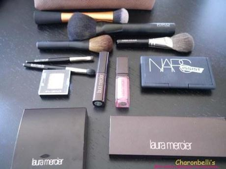 Mon vanity idéal pour les vacances (1) - Charonbelli's blog beauté
