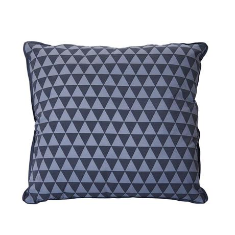 coussin-triangles-carre-present-time