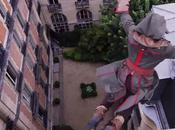 parkour impressionnant d'Assassin's Creed dans rues Paris
