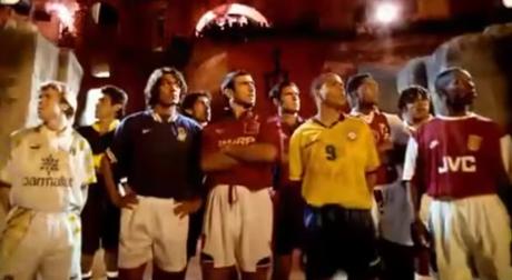 Les footballeurs dans les campagnes de pub collectives: analyse et évolution depuis 1994