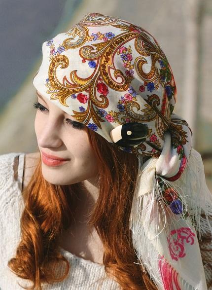 foulard- comtesse-sofia-broche-lea-stein-bijoux