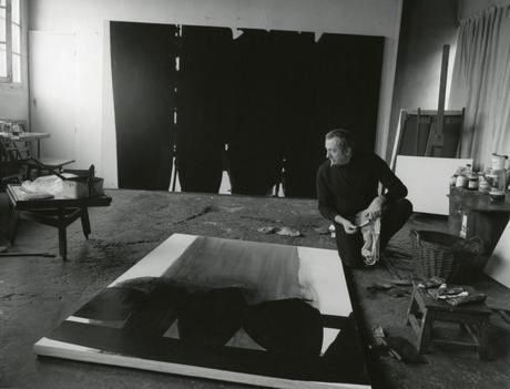 5-(c)Fritz Pitz-Soulages dans son atelier 1968_Fritz Pitz 1928-2006
