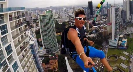 World's-Largest-Urban-Zipline4