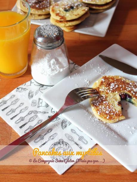 Pancakes aux myrtilles, sans gluten, sans lait
