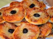 Mini pizzas deux poivrons fromages