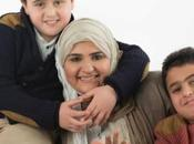 """Hatoon Kadi, femme """"pays hommes"""" dans réseaux sociaux"""