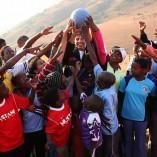One World Futbol: Le Ballon increvable