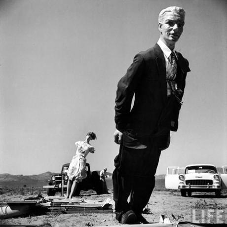 Mannequins-from-an-Atomic-Bomb-Test-Site-in-Nevada-during-the-Mid-50s