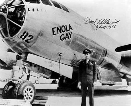 1_InkBlood-paul-tibbets-and-enola-gay