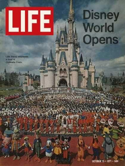 1971 October 15 LIFE Magazine - Florida Disney World Opens