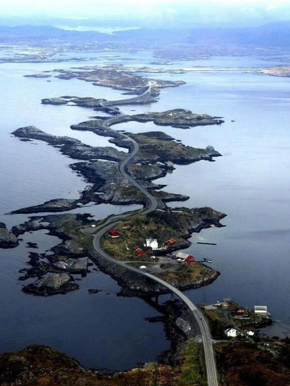 Atlantic-Ocean-Road-in-Norway