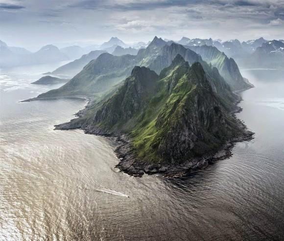 The Claws of the Dragon, Senja, Norway