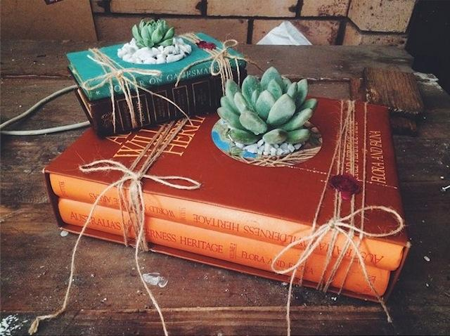DECO : Growing Books