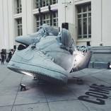La sculture SneakerBall de Nike