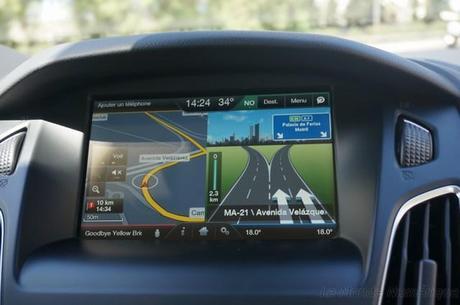 Système embarqué Ford Sync 2 et vous parlez à votre voiture