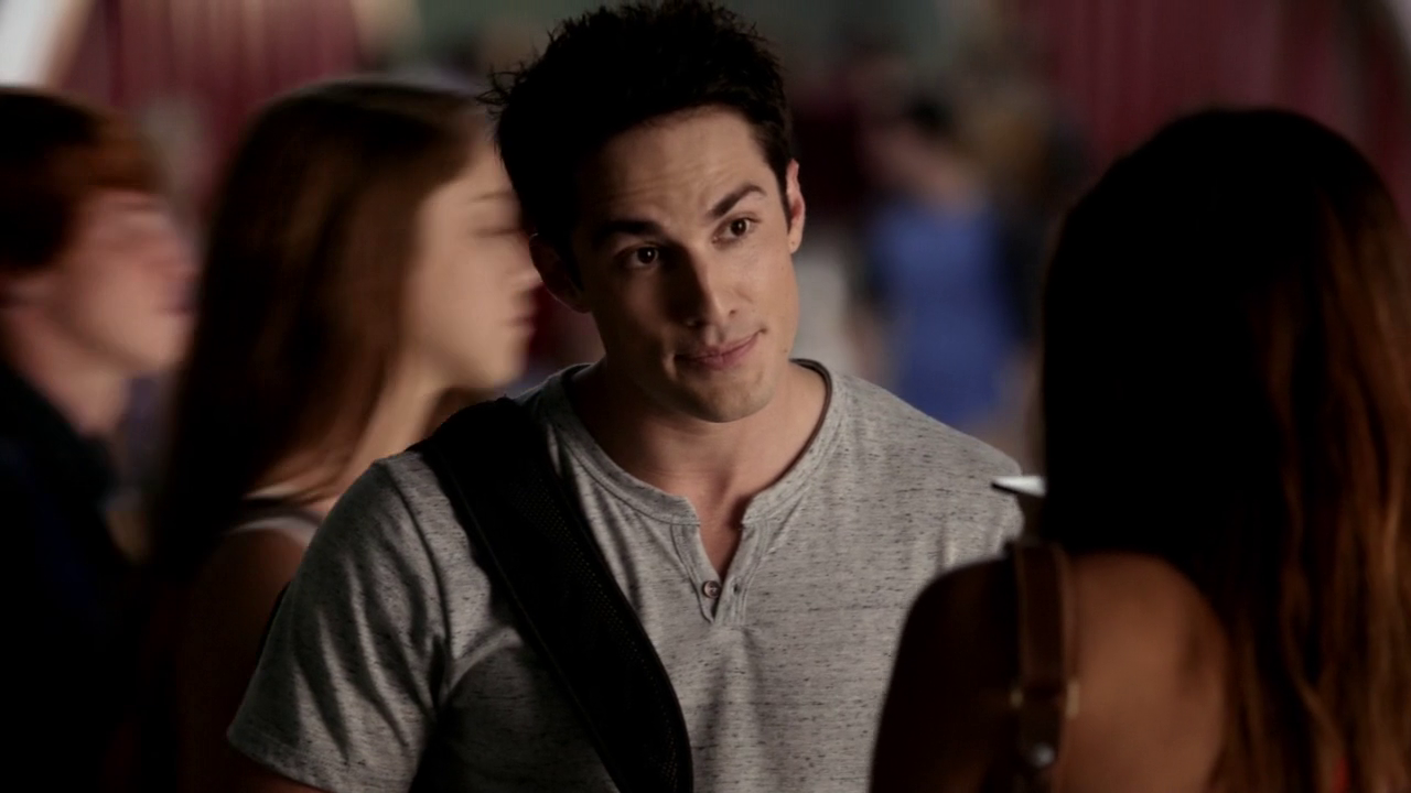 Les critiques // The Vampire Diaries : Saison 6. Episode 1. I'll Remember.