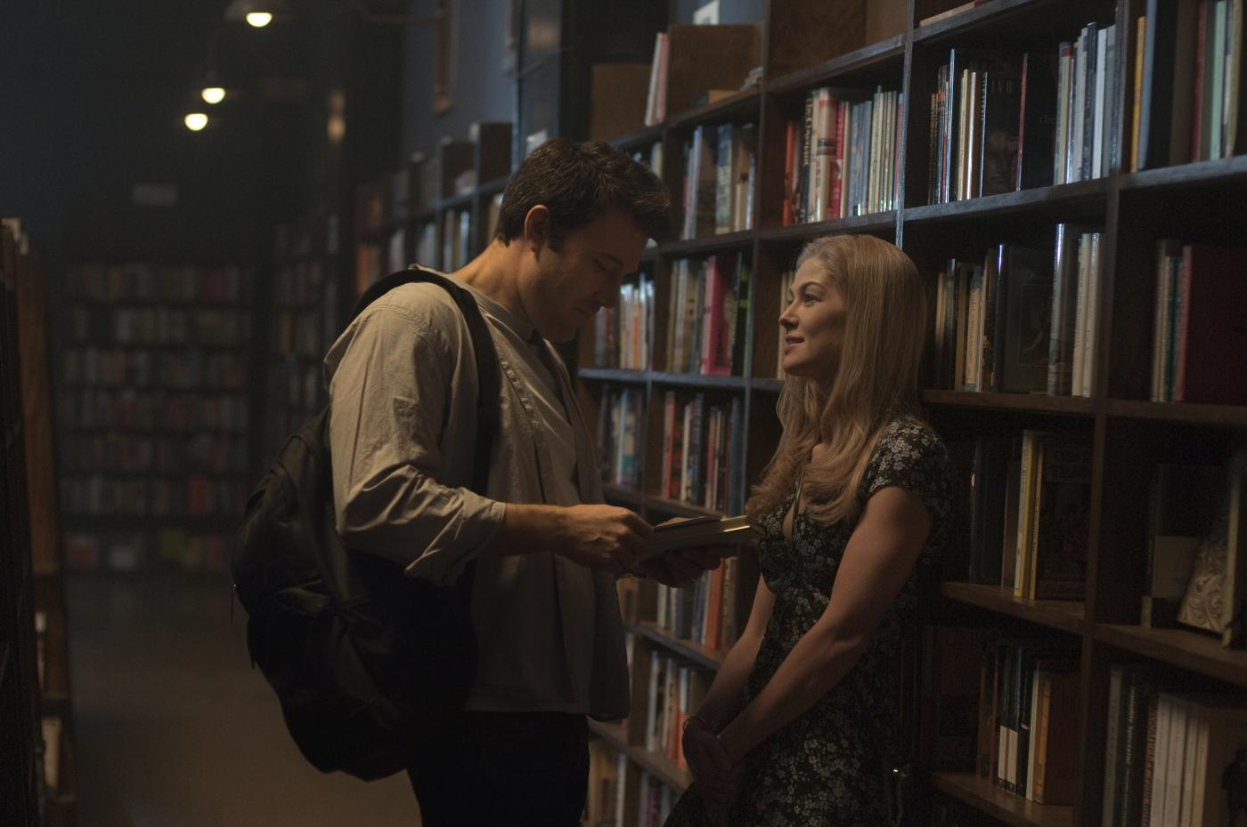 Gone Girl Affleck Fincher Pike [Critique] GONE GIRL