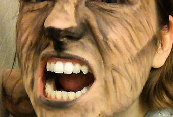 Maquillage Halloween Loup Garou à Voir
