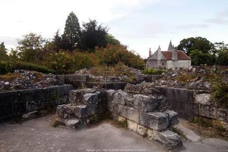 Visiter-la-cite-royale-de-Loches-chateaux-de-la-loire54_gagaone
