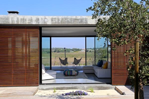 portugal maison moderne toit plat paperblog. Black Bedroom Furniture Sets. Home Design Ideas