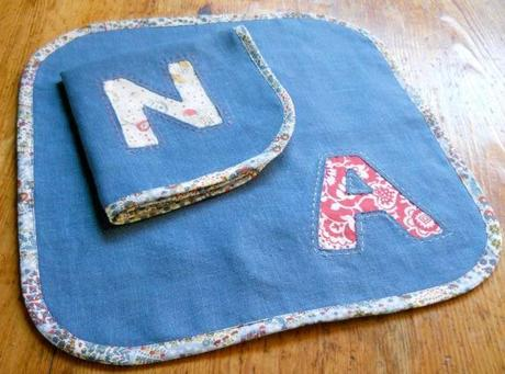 serviette table biais 8 façons de finir des serviettes de table
