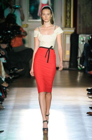 Focus sur le styliste Roland Mouret ( et ses robes ! ;-) )