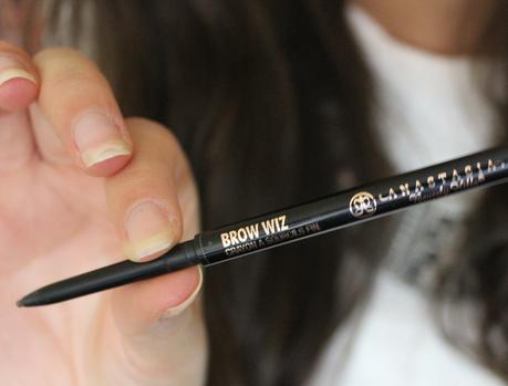 3 (bonnes) raisons d'adopter le crayon à sourcils !