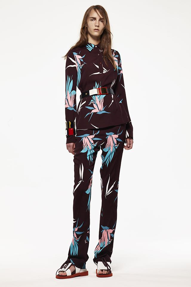 Resort 2015 Trend Alert - The 70's belted jackets + flared trousers