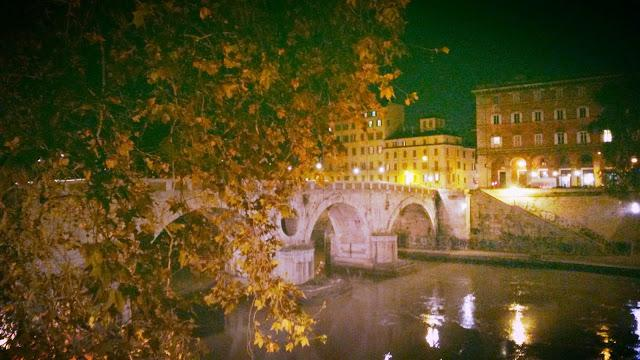 Roma by night!