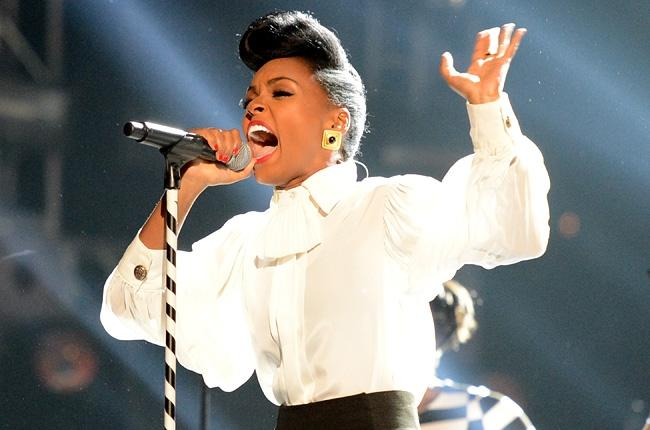 janelle-monae-bet-awards-2013-650-430
