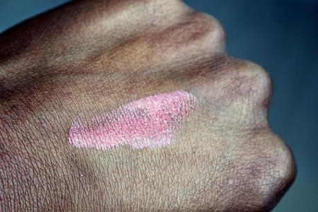 swatch-corail-lumiere-rouge-a-levres-so-bio-etic